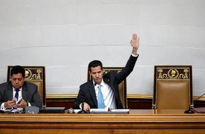 Parlamento venezolano declara usurpador a Maduro