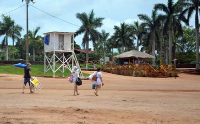 En la playa de Costanera habilitan zona de camping