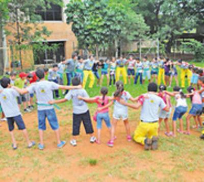Bomberos convocan a niños para que sean parte de colonia de vacaciones