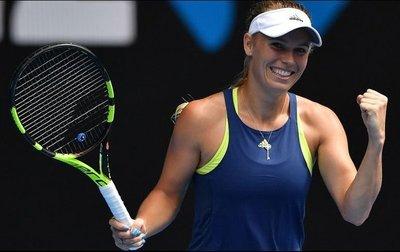 Wozniacki espera por Sharapova en Australia