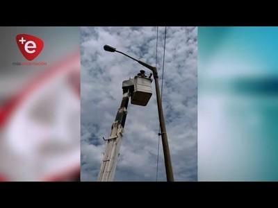 ANDE repara alumbrados públicos en Ruta I y sector de Pacu Cuá