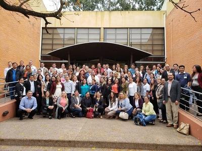BECAL: 73% de los becados optó por estudiar en Australia