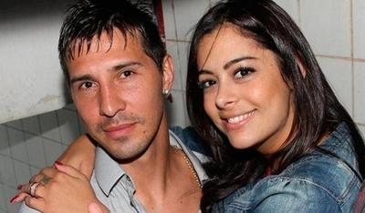 """HOY / Larissa felicita a Fabbro en el día de su cumpleaños declarándose """"adicta"""" a él"""