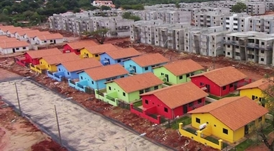 HOY / Cifras vs cifras, Soledad Nuñez  desafía a Ministro demostrar que  se hicieron solo 27 mil casas