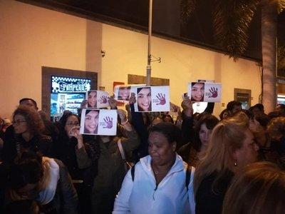 Ciudadanos de Arrecife se manifiestaron para pedir justicia para Romina