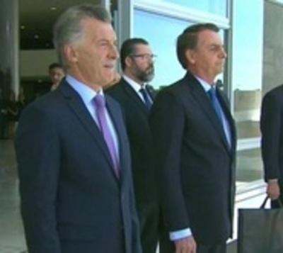 Tras reunión Bolsonaro y Macri acuerdan sobre Venezuela y el Mercosur