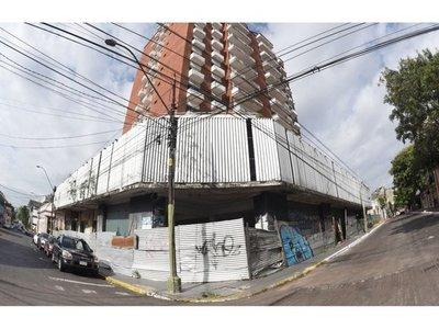 MEC obtendrá el título de  abandonado edificio y quiere venderlo a Urbanismo