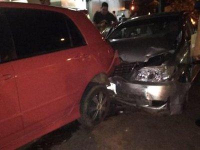Funcionario municipal ebrio ocasionó múltiple accidente
