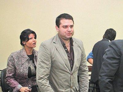 Ordenan la detención de Papo Morales por agresión a peón