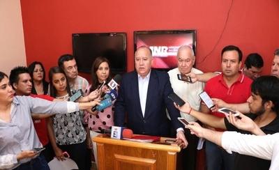 """HOY / """"No es verdad que esté en  coqueteos o que migré a otro  movimiento interno del Partido"""""""
