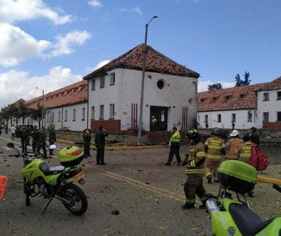 Explosión de coche bomba deja al menos 8 muertos en Colombia