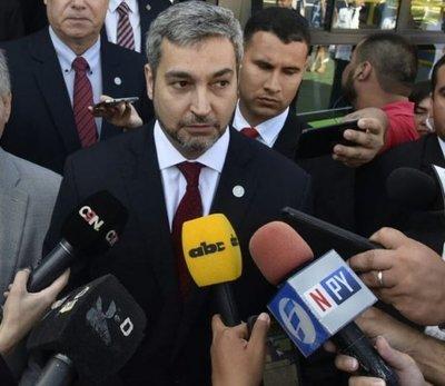 Abdo Benítez condena el atentado en Bogotá