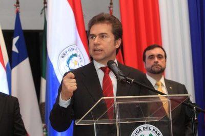 "Castiglioni insiste en ""aislar completamente"" a Maduro para encontrar solución"