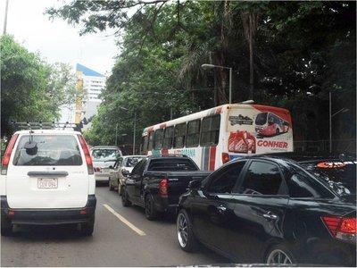 La Caminera y Policía Municipal no coordinan control de tránsito en CDE