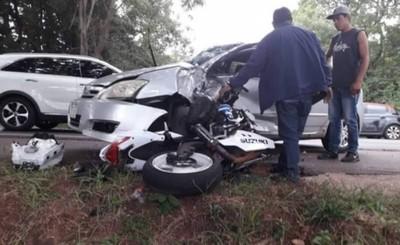 Motociclista esteño muere tras embestir contra un vehículo en Caaguazú