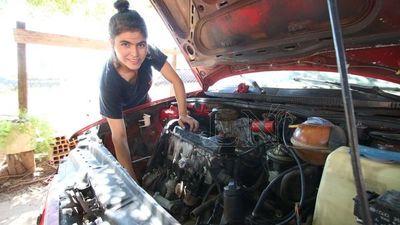 La joven mecánica que decidió perseguir su sueño y obtuvo una beca