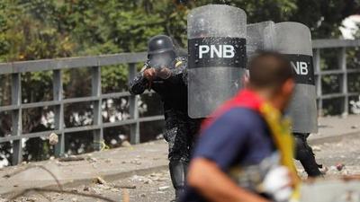 Cuatro muertos en enfrentamientos previos a marcha contra Maduro en Venezuela