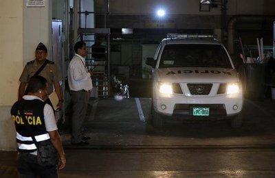 Alberto Fujimori es conducido a la prisión, tras salir de clínica en Lima