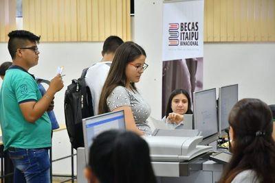 Becas Itaipú: hasta las 17:00 de hoy tienen tiempo los postulantes