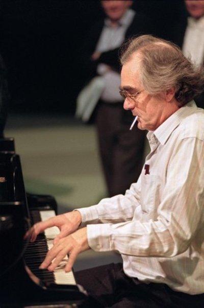 Muere el compositor francés Michel Legrand