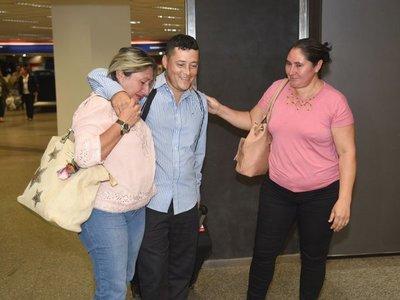 """Pasé por situaciones muy difíciles"", relata paraguayo que retornó de Venezuela"