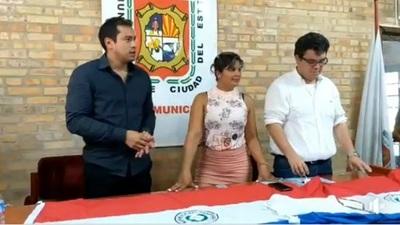Opositores acampan en la Junta Municipal de CDE y crece apoyo ciudadano hacia ellos