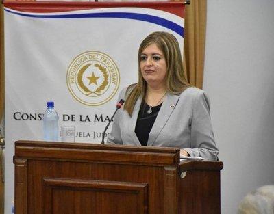 Sandra Quiñónez respalda a fiscales que investigan a Zacarías Irún y McLeod
