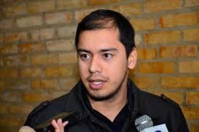 Prieto acusa a Villamayor de ser defensor de los Zacarías