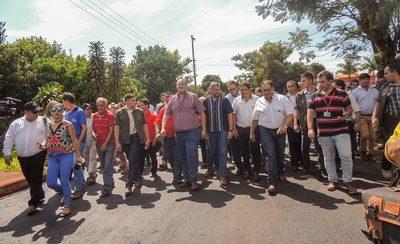 Presidente de la República verifica obras viales en Alto Paraná