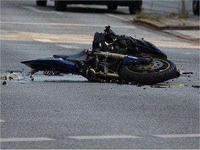 Muere adolescente que intentó adelantarse a un camión en Villarrica