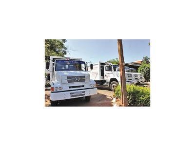 Ferreiro anuncia la compra de 20 camiones compactadores
