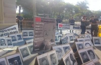 """""""La dictadura ya no está más, pero sus herederos siguen estando"""""""