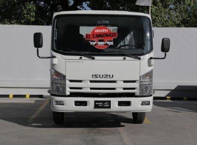 Gran gama de camiones semilivianos, medianos y semipesados en el Camionazo Isuzu