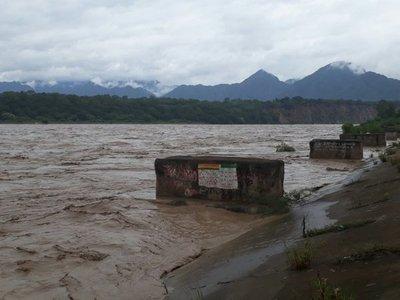 Crecida del Pilcomayo en Bolivia causa preocupación a chaqueños