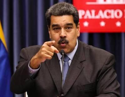 """Maduro rechaza apoyo humanitario y dice que oposición necesita """"ayuda mental"""""""