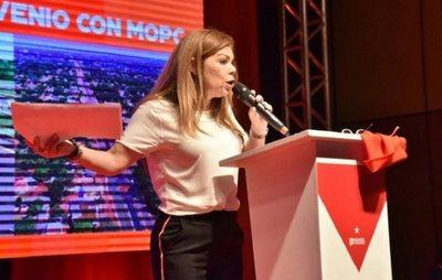 """""""Queremos la destitución de Sandra McLeod"""", aseguró el concejal Prieto"""