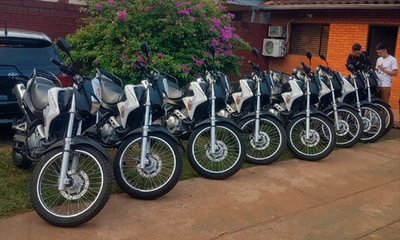 Motocicletas 0 km para el Grupo Lince de Coronel Oviedo – Prensa 5