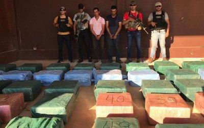 Cae el mayor cargamento de cocaína en la historia del país