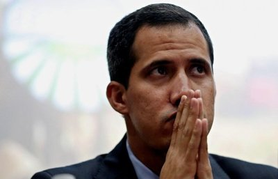Guaidó también pide ayuda al Papa