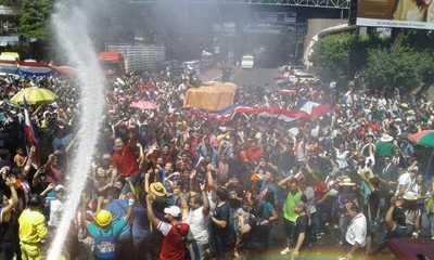 Ciudadanía esteña paraliza el centro y logra  destitución de la intendenta