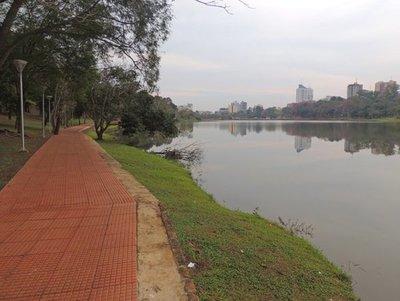 Convocan a limpiar Lago de la República