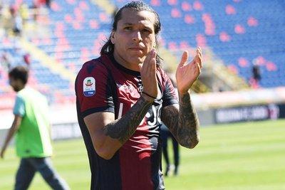 Duelo de goleadores paraguayos en Italia