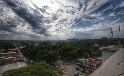 HOY / Domingo lluvioso y con temperaturas elevadas