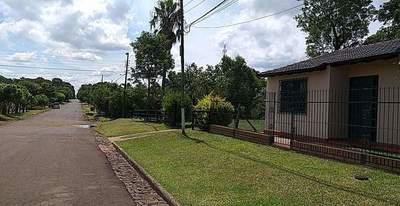 PIDEN PRESENCIA DE ANDE EN SAN ISIDRO DE CARMEN DEL PARANÁ.