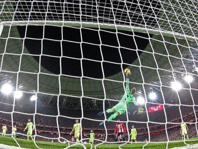 Ter Stegen impide la derrota del Barcelona