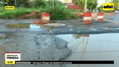 Calles de San Lorenzo sigue en pésimo estado