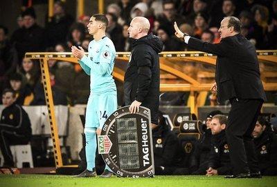 Miguel Almirón debutó oficialmente con la camiseta del Newcastle
