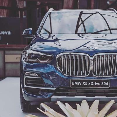 La cuarta generación del BMW X5 llega a Paraguay: 20 años del verdadero líder