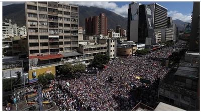 Liderados por Juan Guaidó, los venezolanos marchan para exigir a las Fuerzas Armadas que no bloqueen la ayuda humanitaria – Prensa 5
