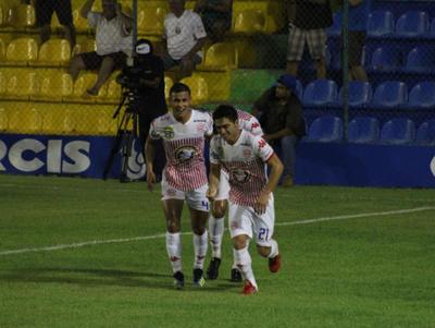 Cristian Paredes anota el mejor gol de la fecha 5 del Apertura
